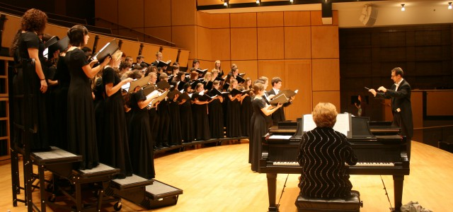 Fall choral concert offers surprises and sings of love