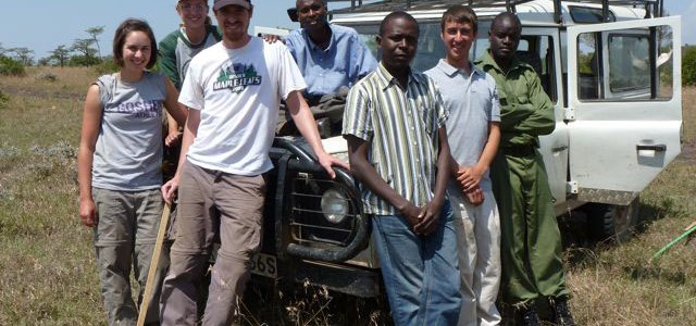 Students, professor study African savannah