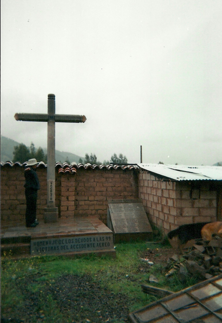 Image of the wooden platform and cross that memorialize the LANSA 502 1970 plane crash in Peru