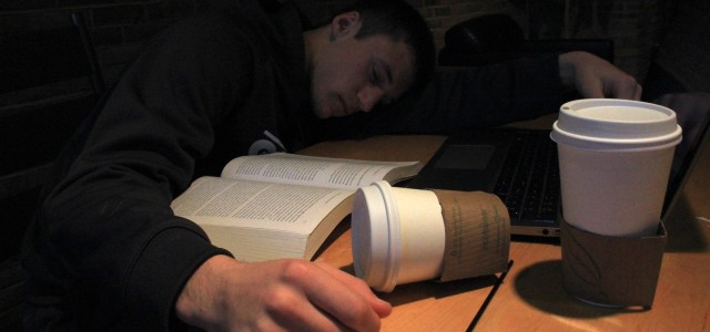 Students struggle to get full nights of sleep