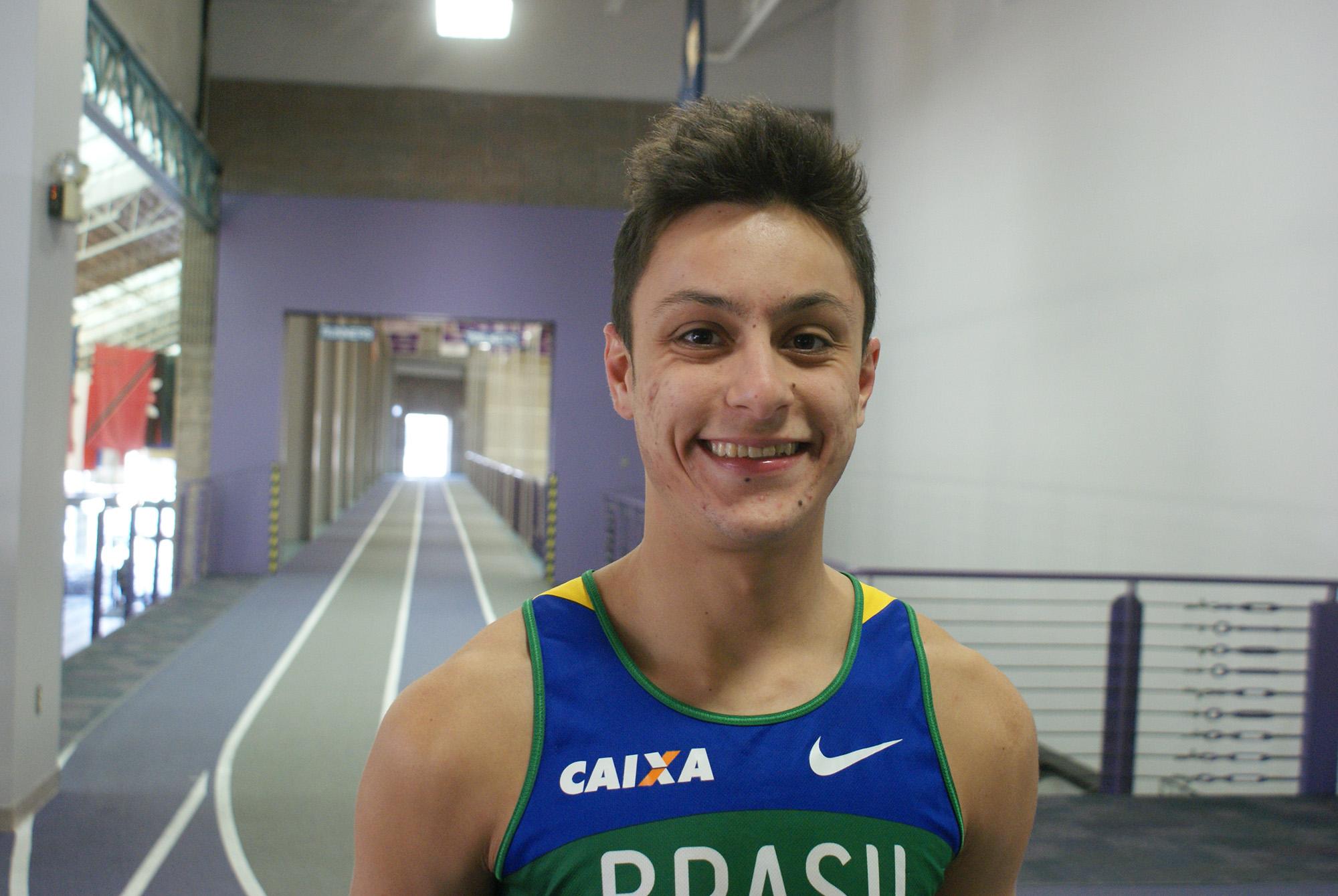 Portrait of Vinicius Campos on indoor track