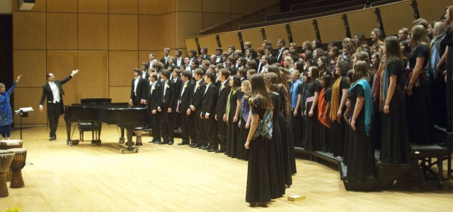 Choirs to Perform EARTHTONES