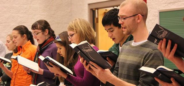 Student Organizes Hymn Marathon For Peace