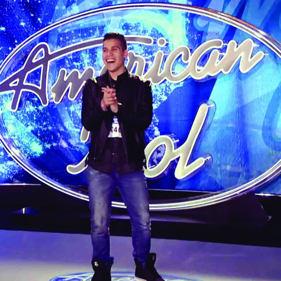 Sammy Rosario on stage at American Idol