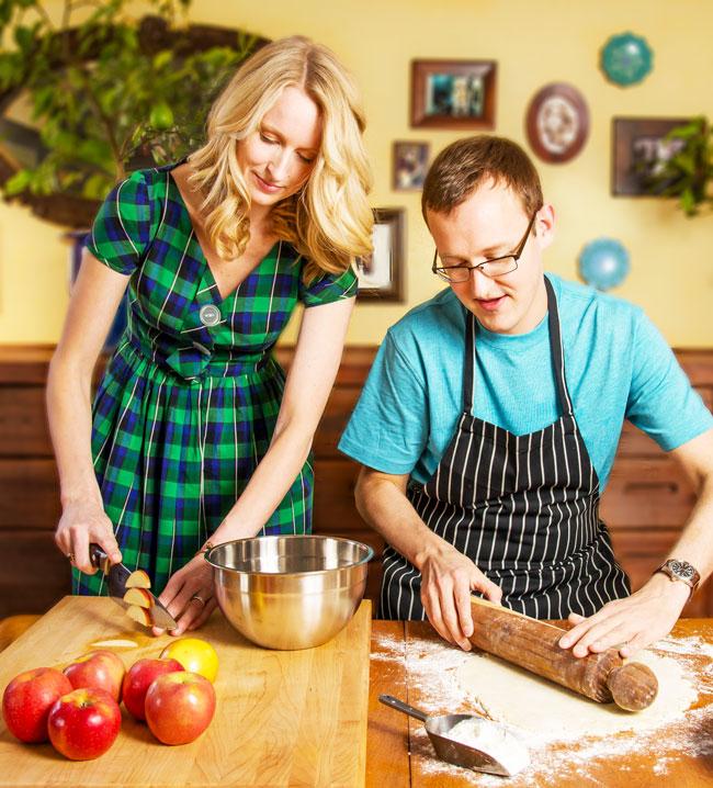 Shetler Fasts cook together