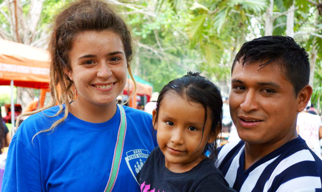Katie Hurst in Peru with host family
