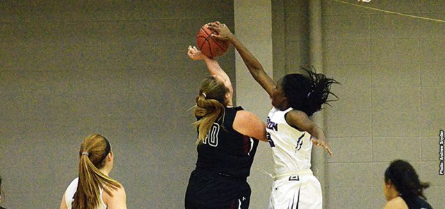 Cold shooting keeps GC women from win column