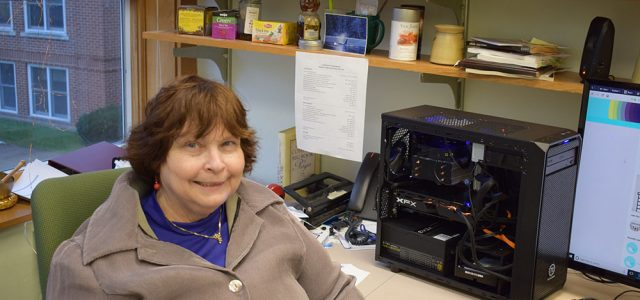Jeanette Shown builds her own computer