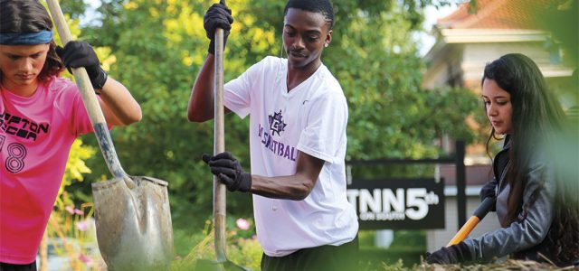 First-year students participate in annual Community Engagement Day