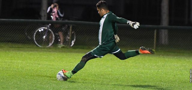 Men's soccer fall to ninth ranked Lindsey