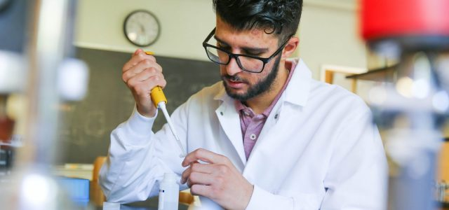 Meqbil solidifies passion for biochemistry during summer research fellowship