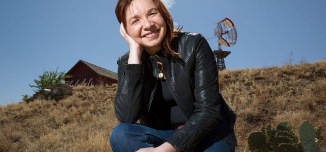Hayhoe calls for loving 'our global neighbor'