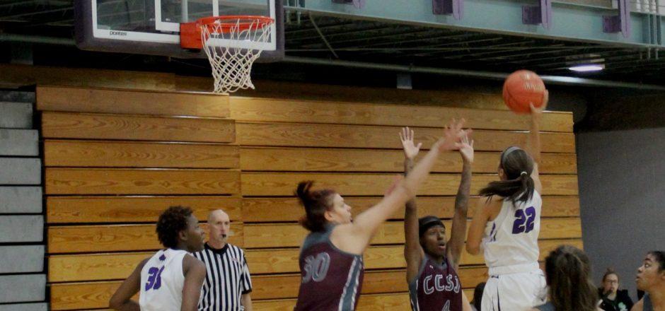 Women's basketball five-game winning streak