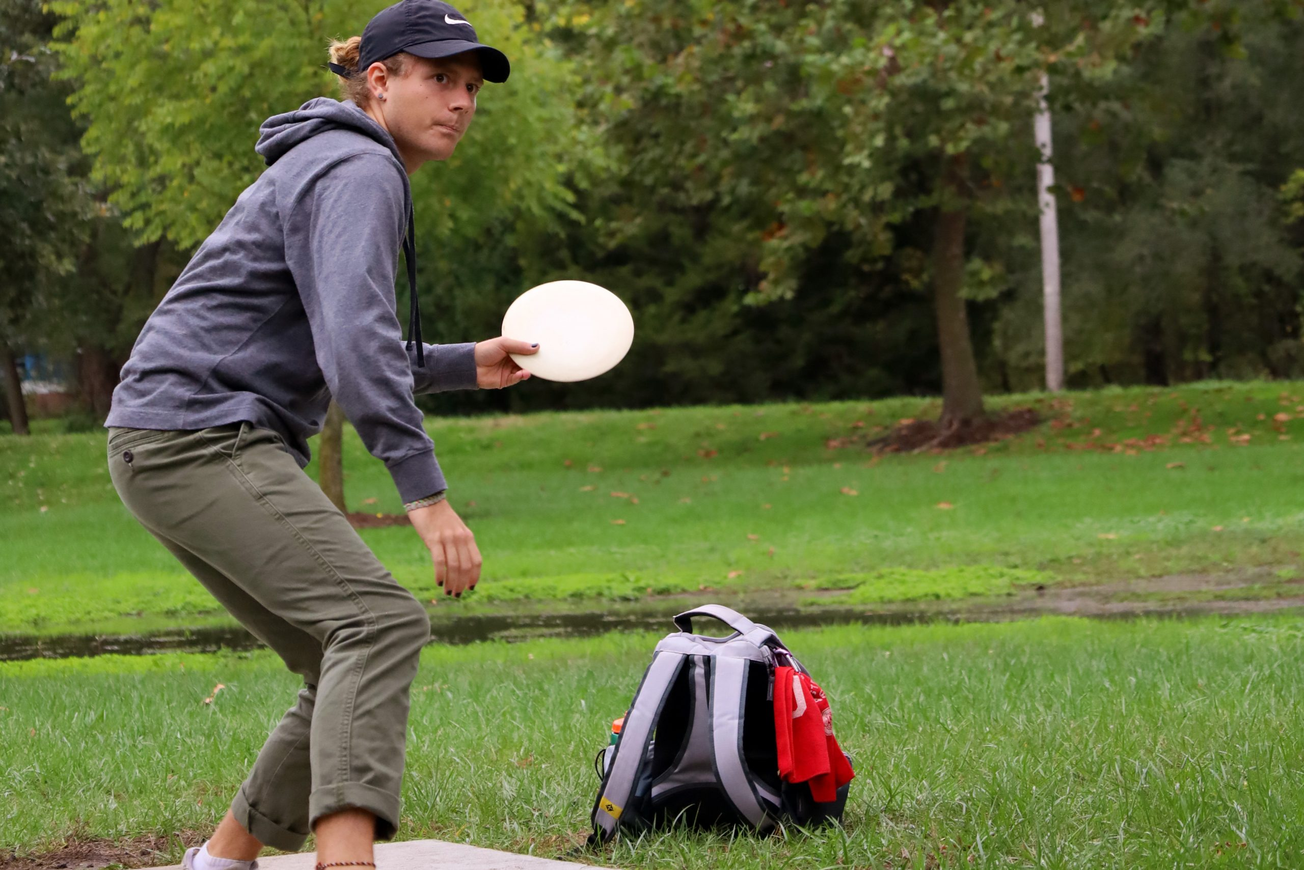 Tanner Pinks throwing a disc